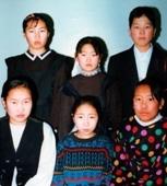 1994 оны олимпиадын аврагууд. 10а П.Дэлгэрмаа, 8б Энхтунгалаг, 7ё Түмэнзаяа, 5в Оюунжаргал, 6в Оюумаа, 3а Цэлмэг